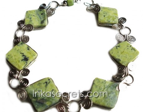 01 Alpaca Silver Bracelet with Serpentine