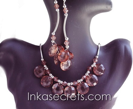 01 Set of Necklace Earrings w/ Zirconia Amber