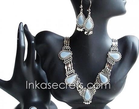 01 Set of Necklace Bracelet Earrings w Celestine Stone