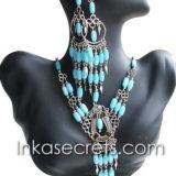 100 Sets of cat´s eye necklace & earrings